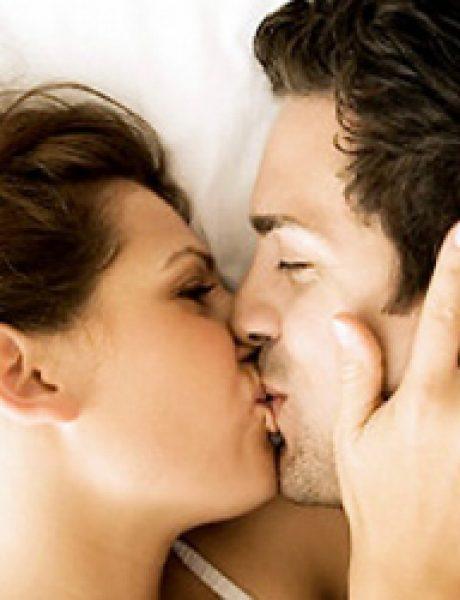 Poljubac u vrat phrase