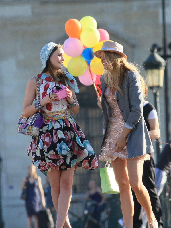 "slika 2 The Best Fashion Moments: ""Gossip Girl"" u gradu svetlosti"
