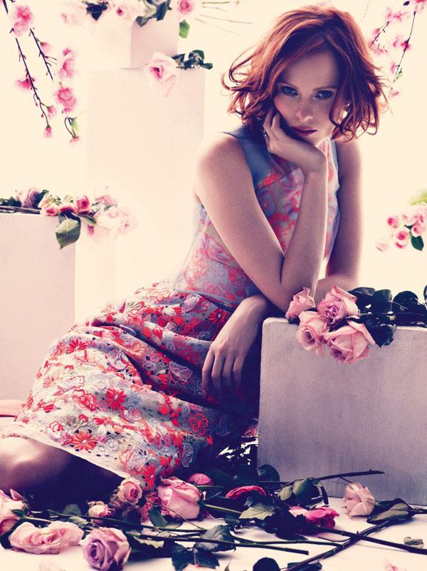 "33 ""Harper's Bazaar UK"": Romantika i proleće"