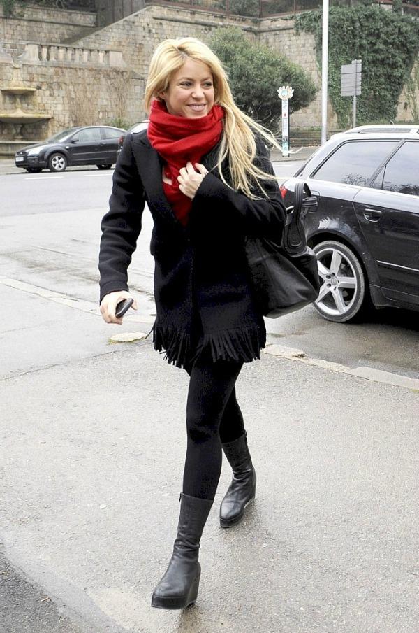5 Shakira Street Style: Shakira