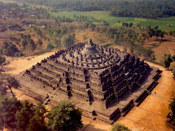Borobodur hram Drevna čuda Azije