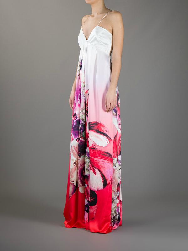 Klasika. Top 10 najlepših dugačkih haljina za tople mesece