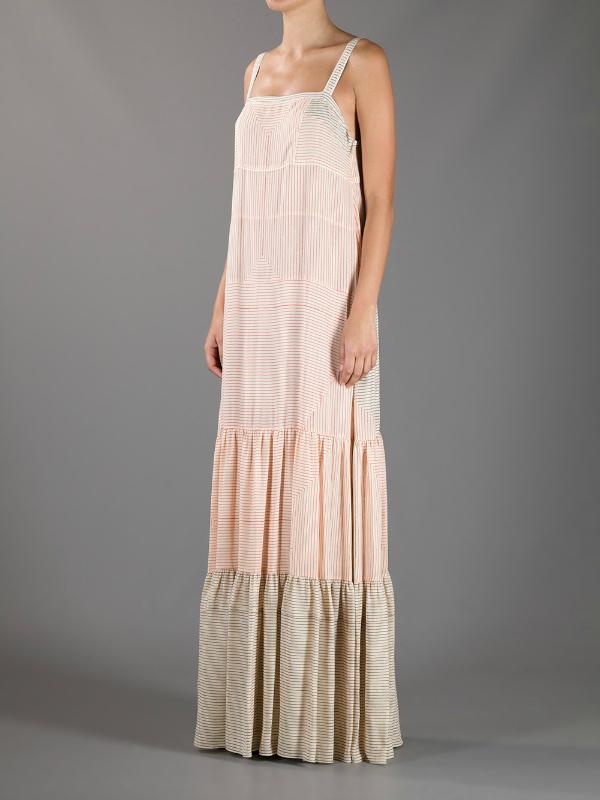Pruge. Top 10 najlepših dugačkih haljina za tople mesece