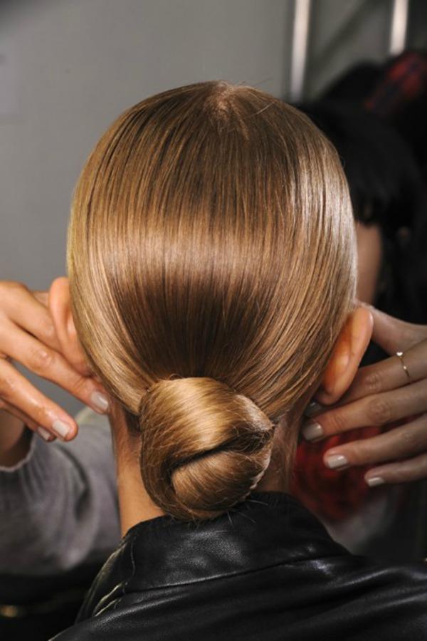 Ralph Lauren Beauty trend za proleće/leto 2013. godine: Podignuta kosa