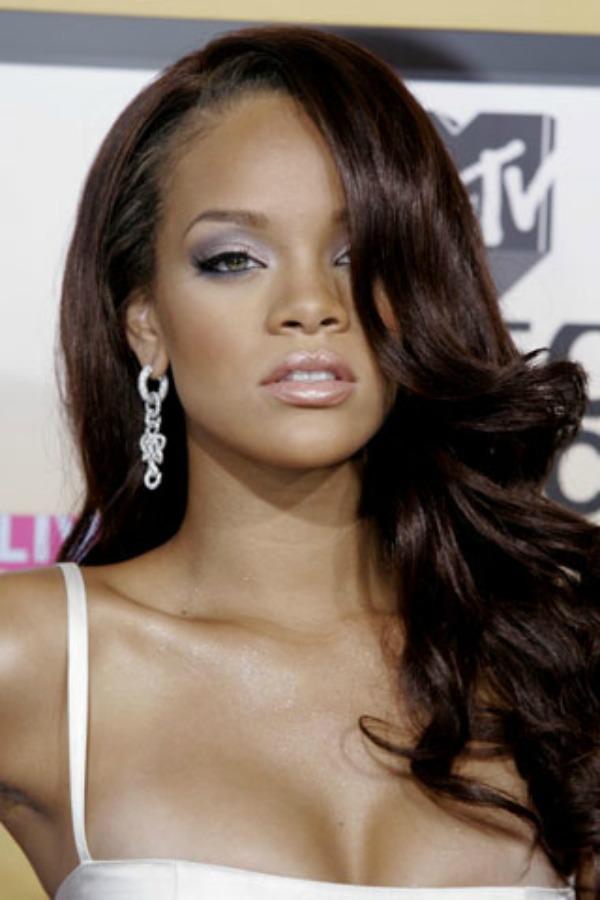 Rijana 2 Beauty Moments: Najlepše frizure, Rihanna
