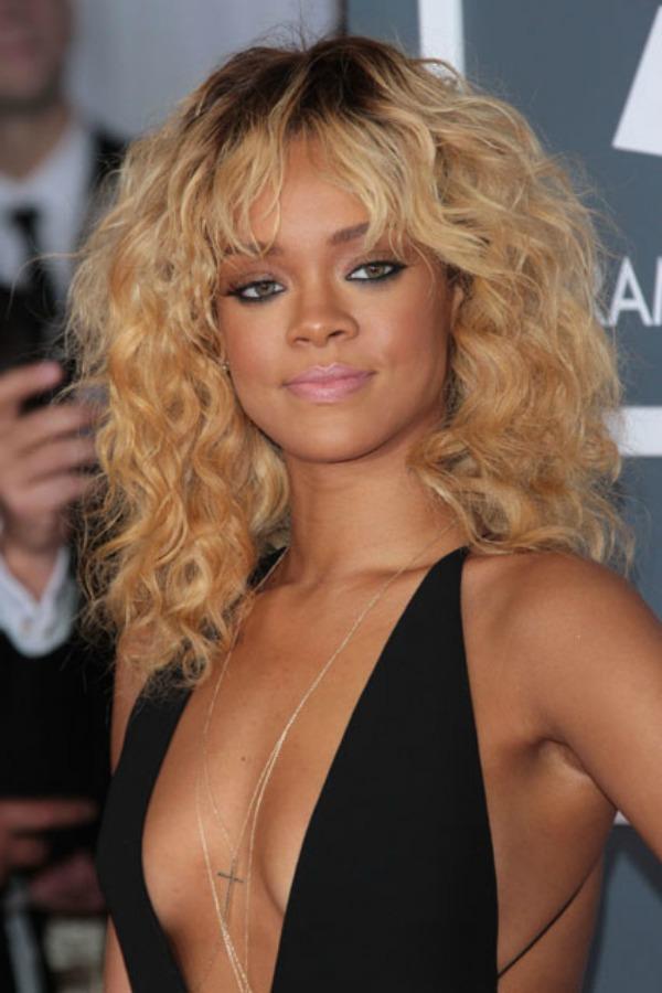 Rijana 8 Beauty Moments: Najlepše frizure, Rihanna