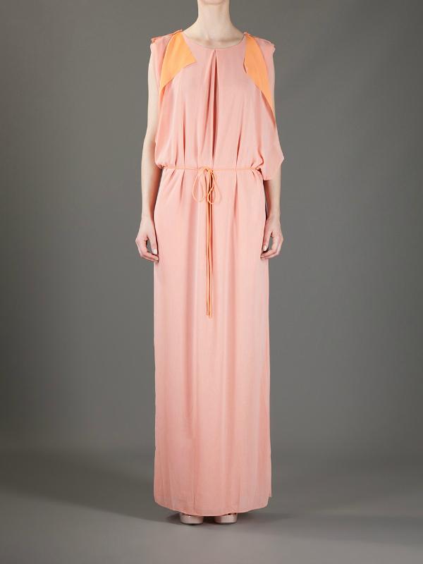 S tračkom narančaste. Top 10 najlepših dugačkih haljina za tople mesece