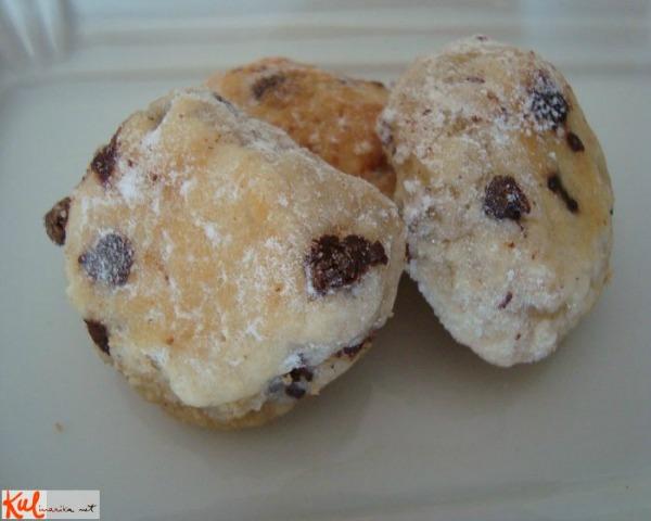 Ukusne poslastice gotovi kolačići Ukusne poslastice: Kamenčići