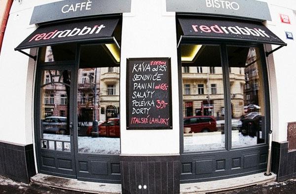 "ddd Hit the East: ""Red Rabbit"" bistro, Prag"