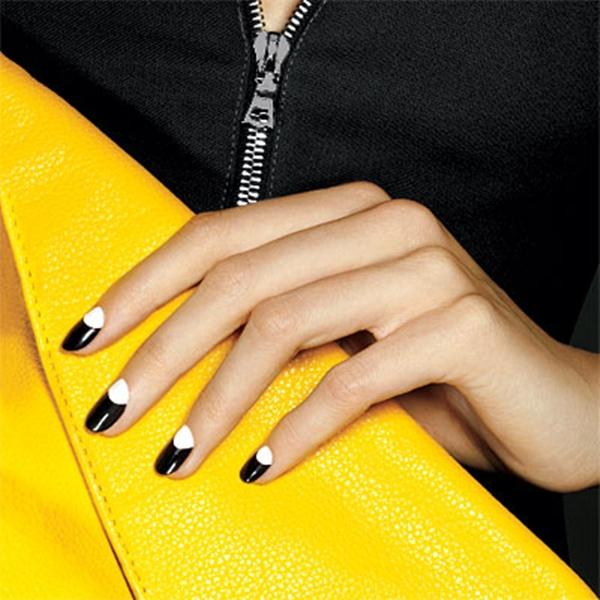 moon manicure 7wbze Beauty trend: Half Moon manikir