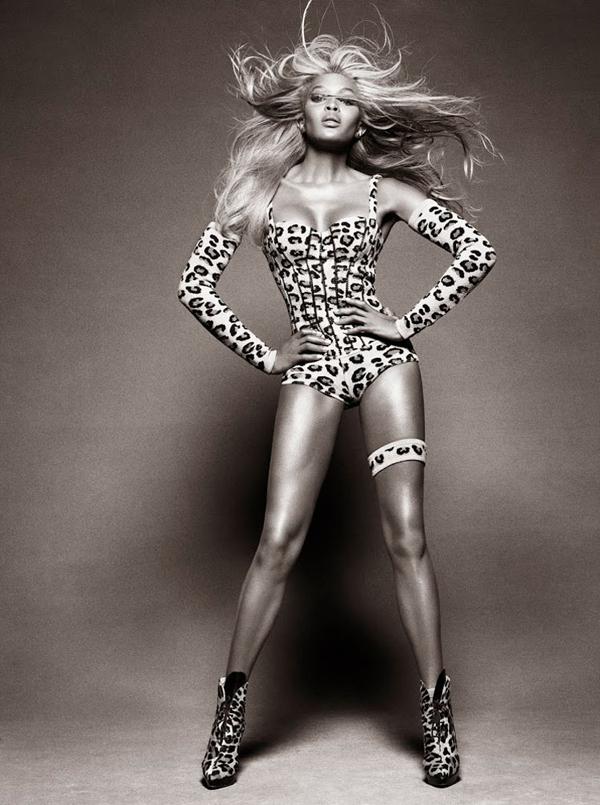 """naomi campbell1 """"Vogue Brazil"""": Ona je bomba"""