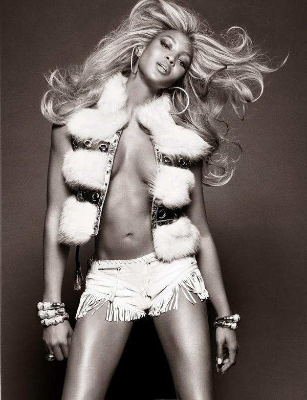 """naomi campbell2 """"Vogue Brazil"""": Ona je bomba"""
