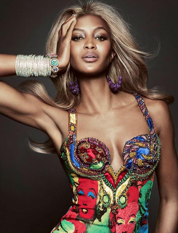 """naomi campbell4 """"Vogue Brazil"""": Ona je bomba"""