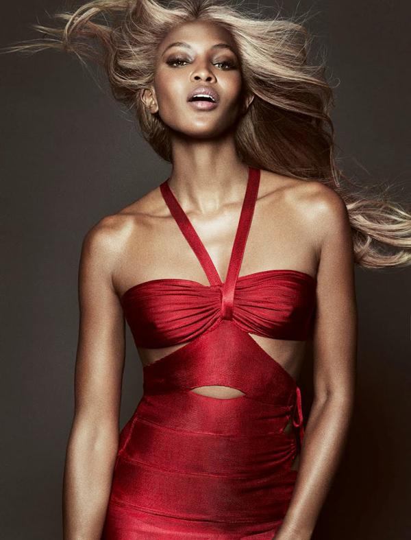 """naomi campbell8 """"Vogue Brazil"""": Ona je bomba"""