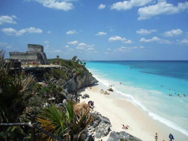 248363 10151666188091983 1291287442 n Manga Trip: Meksiko, raj na Karibima