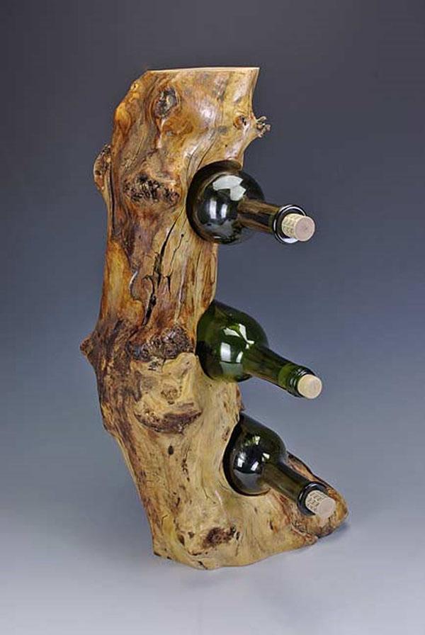 Boce u neobrađenom drvetu Dekorativni i korisni: Deset držača za vinske boce