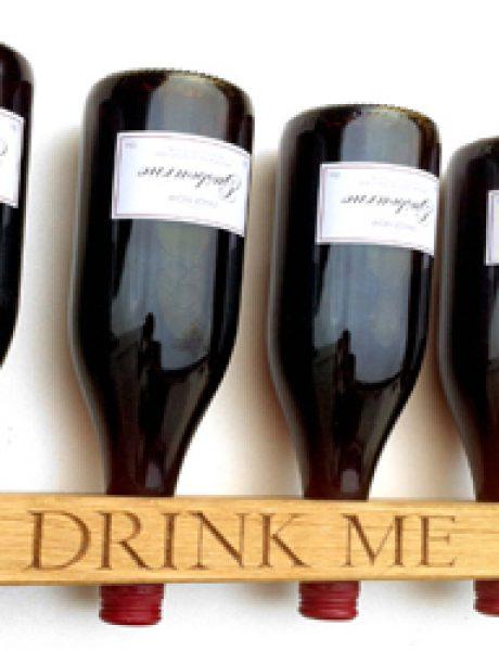 Dekorativni i korisni: Deset držača za vinske boce