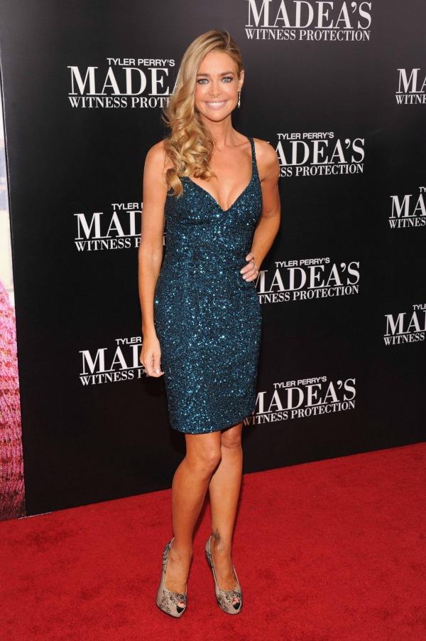 Denise Richards 5 10 haljina: Denise Richards