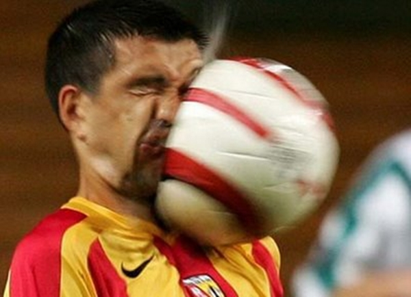 """Fudbal Kad sportski fotografi """"okinu"""" na vreme (1. deo)"""