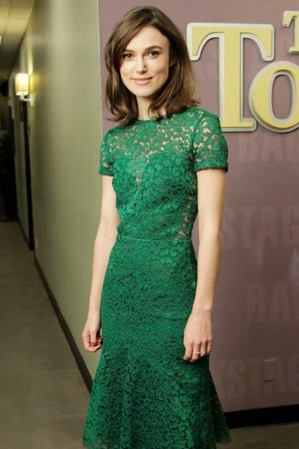 Kira Deset poznatih dama u čipkastim haljinama