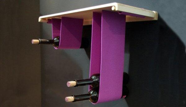 Vino na ljubičastim visećim trakama Dekorativni i korisni: Deset držača za vinske boce