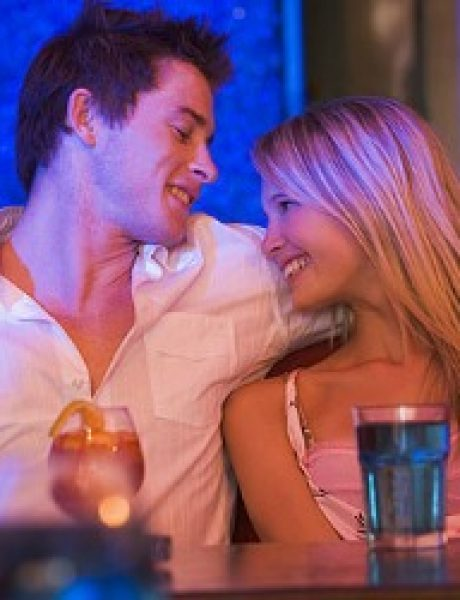 Vodič za muškarce: Teme za razgovor koje vode do seksa