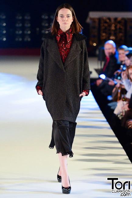 jovanamarkovic brightonfashionweek photo by ToriClarkson Jovana Marković: Jesenja kolekcija osvojila engleske ljubitelje mode
