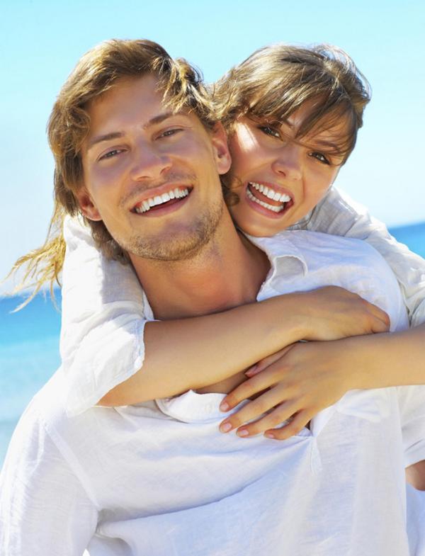 larger happy couple 000004058104large 782x1024 Wannabe Bride: Devet koraka do dugog i srećnog braka