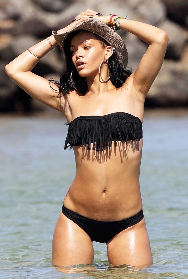 rihanna bikini hr1 Bikini: Tajne poznatih ličnosti