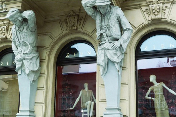 sssssssssssss Hit the East: Ulica Mokotowska, Varšava