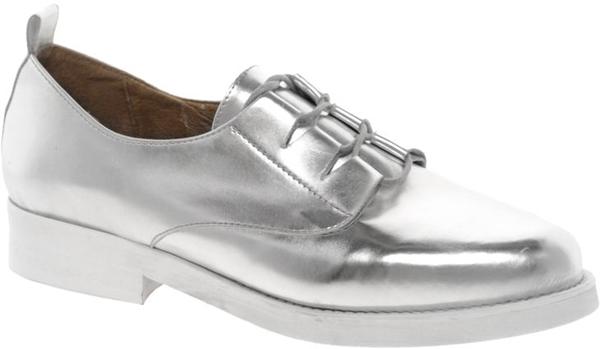 8.Srebrne cipele na pertlanje Osam čarobnih, otmenih, srebrnih cipelica! (2. deo)