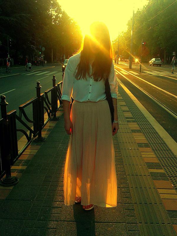998500 10200941239507716 1602664653 n1 Wannabe Photo Wall: Duga letnja suknja