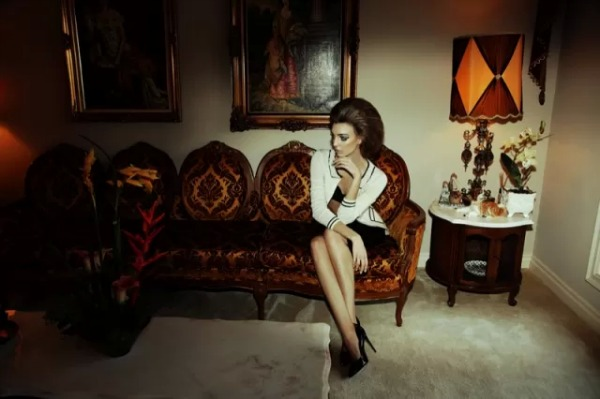 Dajana Antic SL10 Dress to Kill Magazine by Richard Bernardin: Očajna domaćica Dajana Antić
