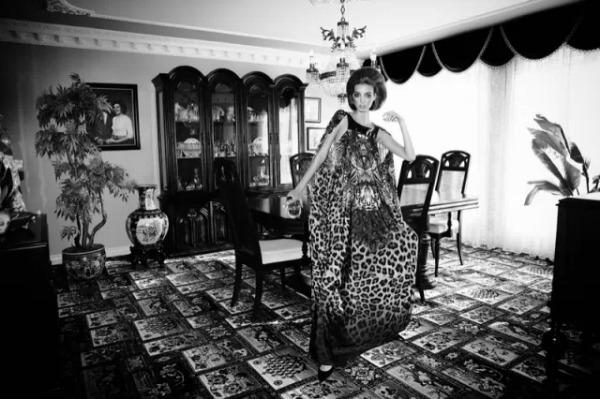 Dajana Antic SL7 Dress to Kill Magazine by Richard Bernardin: Očajna domaćica Dajana Antić