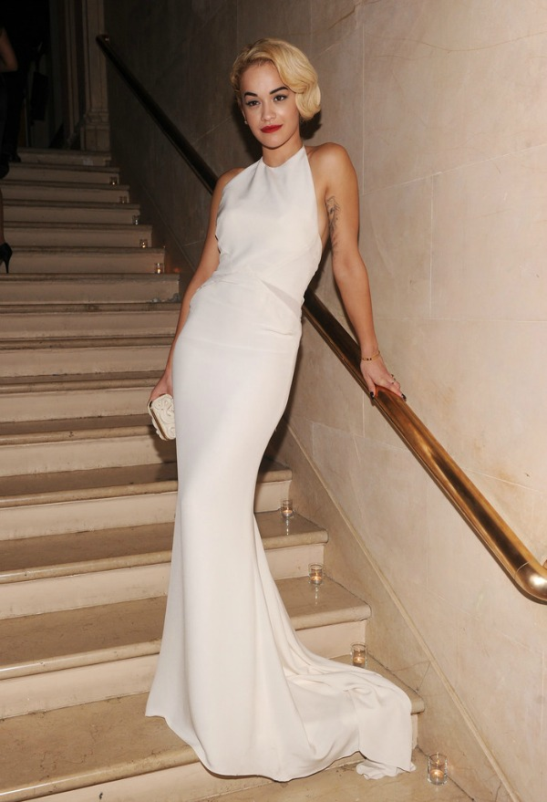 Rita Ora 1 10 haljina: Rita Ora