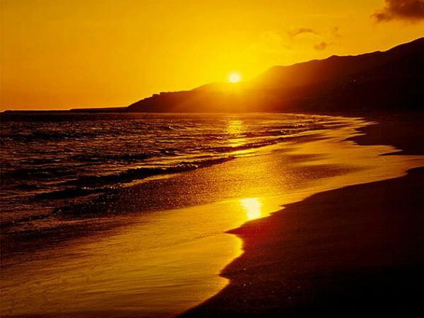 Zalazak sunca Wannabe Bride: Zašto provesti medeni mesec u Španiji?