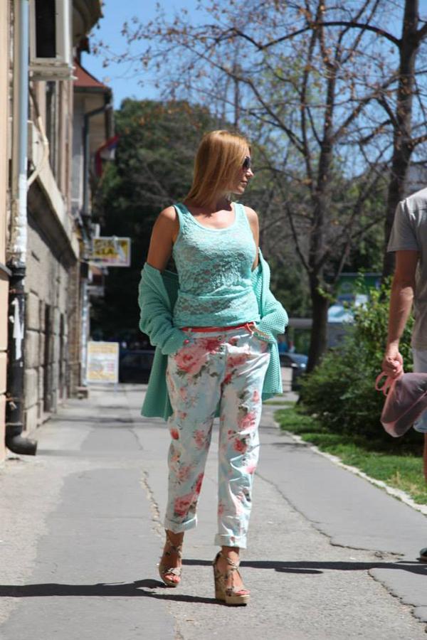 999365 619743844709921 1818423869 n Fashion House modni predlozi: Avgust i stil