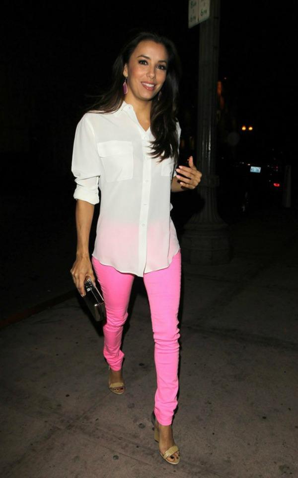 Eva u roze pantalonama 10.jpg Street Style: Eva Longoria