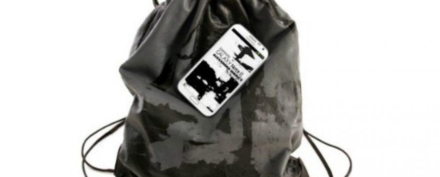 Modni zalogaj: Alexander Wang i Samsung dizajnirali torbu