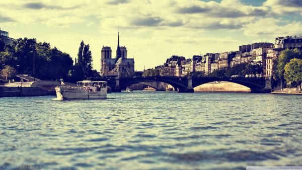 most umetnosti u Parizu Slatkorečivi nesporazum