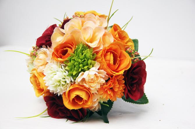 orange bordeaux unique wedding bouquet Wannabe Bride: Buket od poljskog cveća