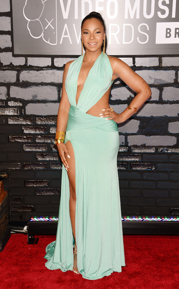 rs 634x1024 130825185351 634.ashanti.cm .82513 Fashion Police: MTV Video Music Awards 2013