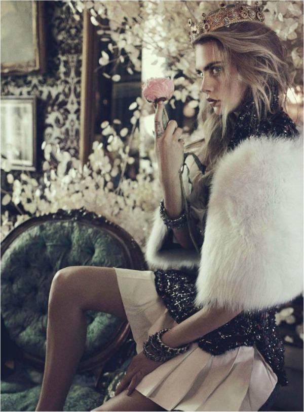 510 Australian Vogue: Cara Delevingne u ulozi kraljice