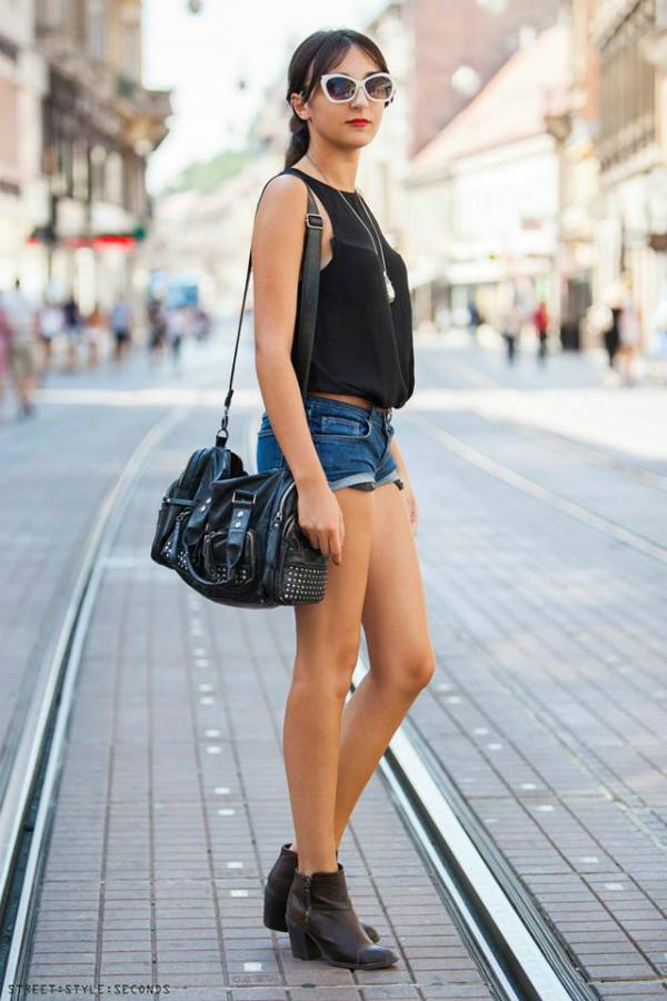 Devojka u teksas sortsu Street Style Zagreb: Zbogom, leto! (2. deo)