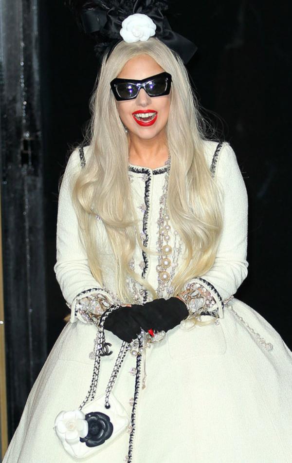 Gaga u belomkao princeza Sve torbe: Lady Gaga