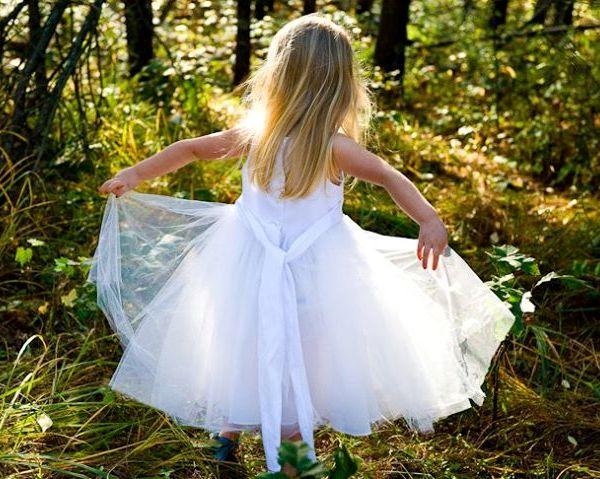 Haljina može da prolepša svaku ženu isto kao neki nakit Tako Dunja kaže: Haljine su za devojčice, a nogavice su za dečake