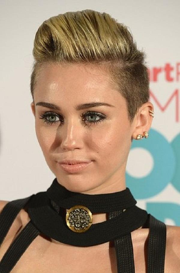 Miley 10 Beauty Moments: Najlepše frizure, Miley Cyrus