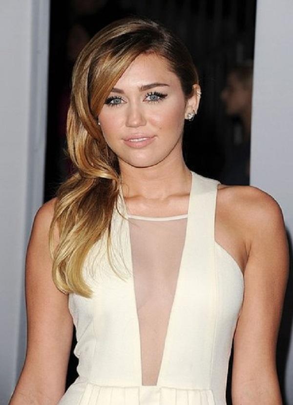 Miley 5 Beauty Moments: Najlepše frizure, Miley Cyrus