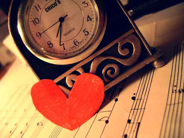 Umetnuta Za ljubav je uvek vreme  Vreme je tu da bi se zaboravilo