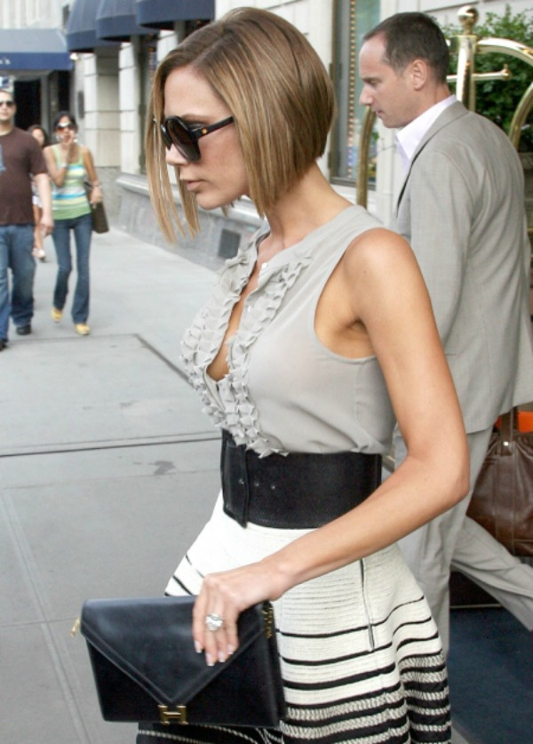 Victoria sa malom hermes torbom 7 Sve torbe: Victoria Beckham